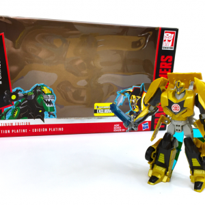 Transformers - Bumblebee Exclusive - In Front of Package