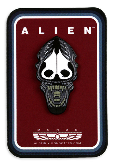 Xenomorph Head Enamel Pin.