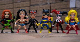 METALS Die Cast – DC Comic Girls 4″ Figures
